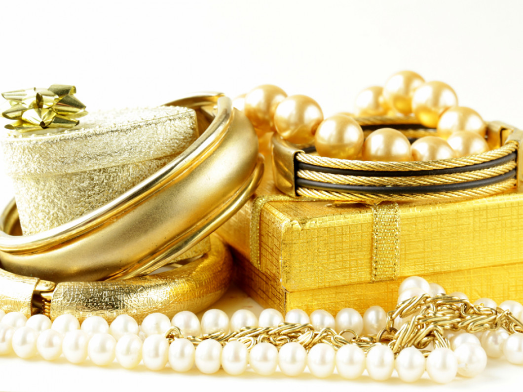 Purchase fine jewelry on a budget